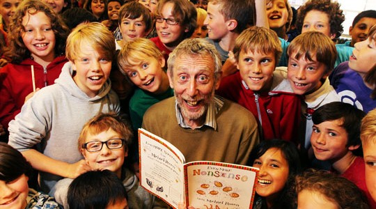 A photo of Oxford school children with Michael Rosen