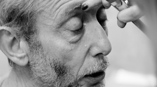 A close up photograph of Michael Rosen